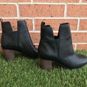 New w/out Box Cole Haan Cassidy Ankle Boot 7